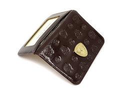 モノグラム 二つ折り財布パスケース  「ゴールドファイル」 GP36465 バーガンディ 特徴