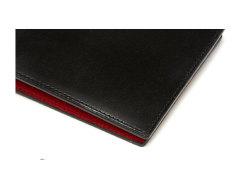 Cordovan Color(コードバンカラー)二つ折り財布(小銭入れなし)「プレリー1957」 NP01318 クロ/アカ 特徴