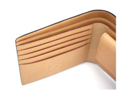 JUWEL Cordovan(ジュエルコードバン)  二つ折り財布(小銭入れあり) 「ジュエル」 NPJ1135 クロ 特徴