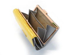 Fascino(ファッシノ) がま口二つ折り財布(小銭入れあり) 「ル・プレリーギンザ 」 NPL3314 イエロー 内作り