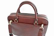 オックスフォード レザーメンズビジネスバッグ A4ジャストサイズ 「ゴールドファイル」 901513 特徴