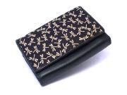印伝 トンボ柄 二つ折り財布(小銭入れあり) 「ル・プレリー 」  NPE5210 クロ/シロ 正面